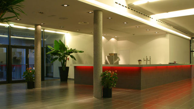 Foyer-Bar_640x360
